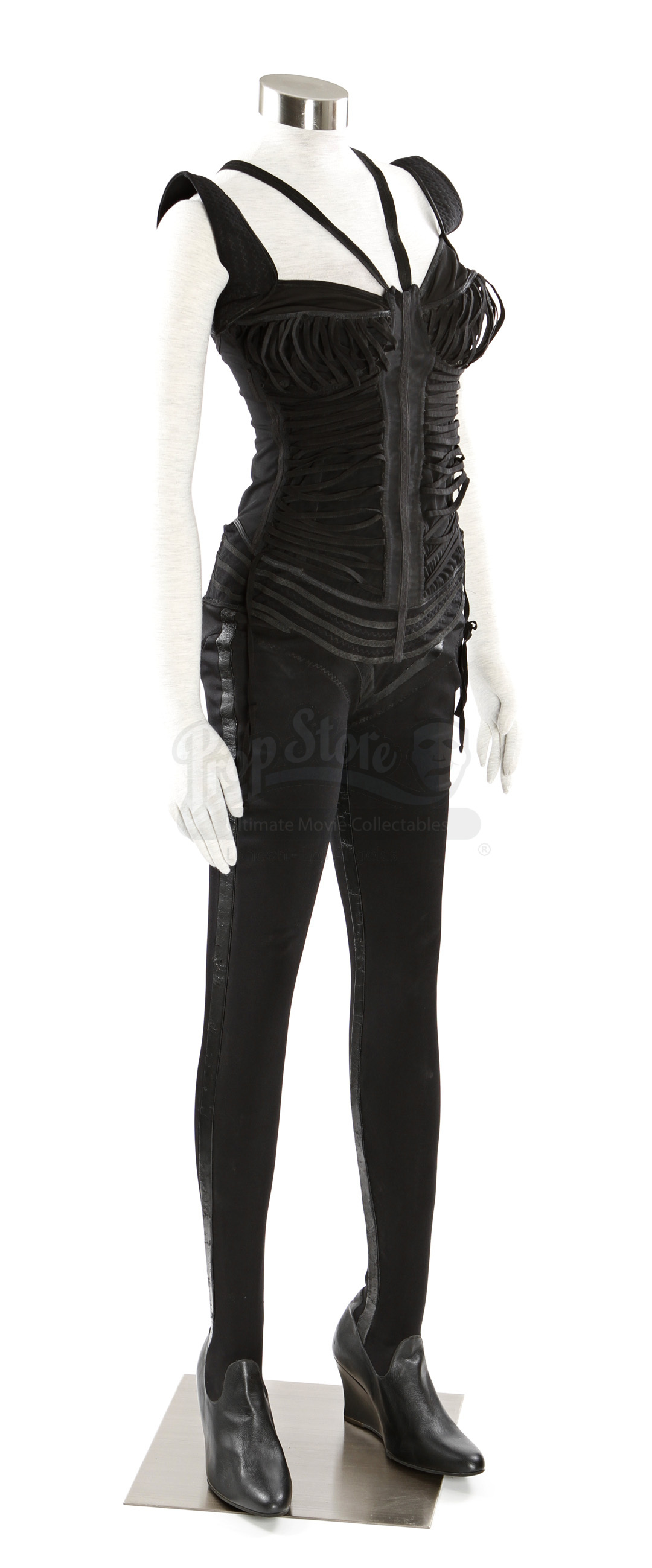 Aeon Flux Costume Prop Store Ultimate Movie Collectables