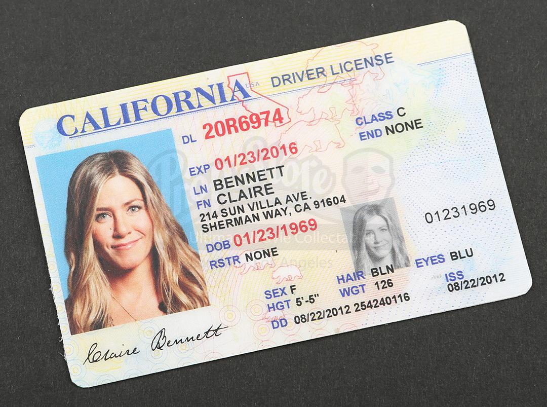claire bennetts jennifer aniston diver license prop