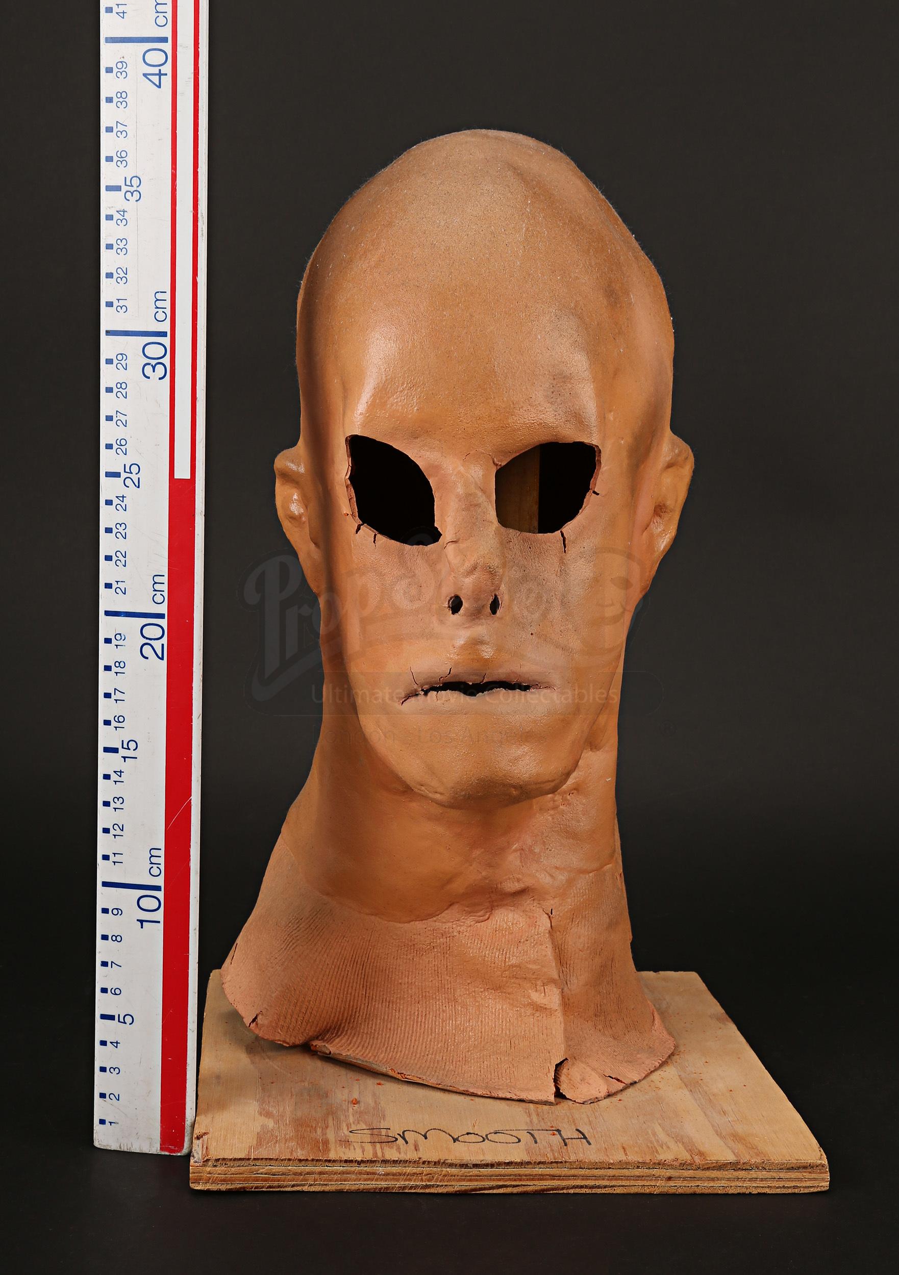 Sebastian Caines (Kevin Bacon) Face Mask