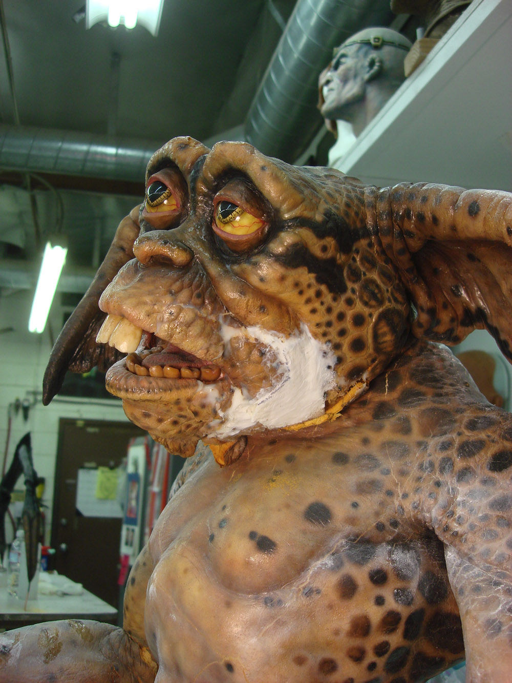 Hero Lenny Gremlin Puppet Prop Store Ultimate Movie